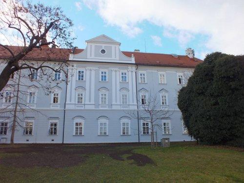 Rekonstrukce fasády budovy katastrálního úřadu